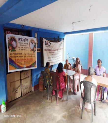 Lunch with Elderly staying at Oldage Home – Kolkata (Phase II)