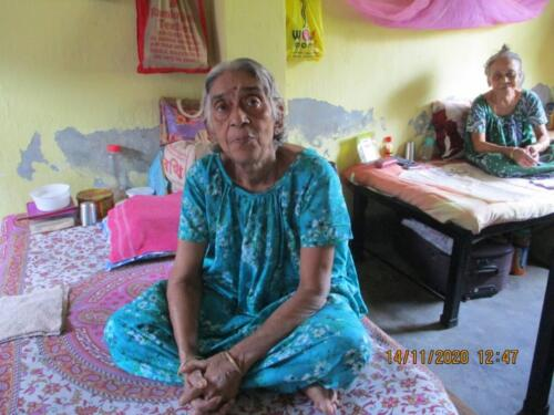 Lunch with Elderly staying at Oldage Home – Kolkata (Phase III)